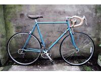 RALEIGH, 23.5 inch, Reynolds 501, vintage racer racing road bike, 10 speed