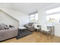 **ABSOLUTELY STUNNING 2 BED - BALHAM - 400 P/W - BRAND NEW - AV NOW - VIEW NOW!**