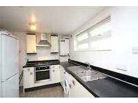 1 bedroom flat in Princes Avenue, London, N3