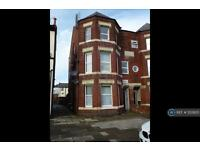 1 bedroom flat in Princes Street, Southport, PR8 (1 bed)