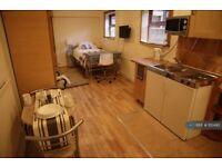 Studio flat in Oakhill, Stoke On Trent, ST4 (#1112490)