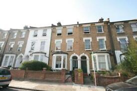 3 bedroom flat in Cardozo Road, Holloway