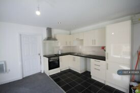 2 bedroom flat in Victorian Newhall, Cannock, WS11 (2 bed) (#1155601)