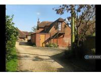 1 bedroom flat in Charlton All Saints, Salisbury, SP5 (1 bed)