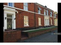 1 bedroom flat in Bewsey Street, Warrington, WA2 (1 bed)