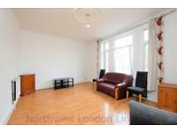 4 bedroom flat in Colney Hatch Lane, Muswell Hill, N10