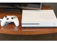 Xbox one s SWAPS for iphone7s/8 or Samsung S8/S9