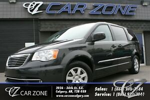 2012 Chrysler Town & Country Touring, DVDS, SUNROOF, NAVI