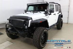 2014 Jeep Wrangler Unlimited Sahara *4X4*