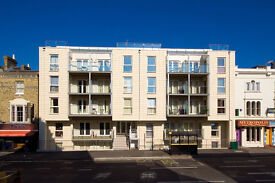 One bed flat available in Ocean Village - NO FEES!!