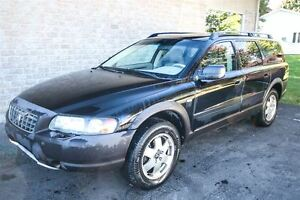 2004 Volvo XC70 2.5T AWD TOIT OUVRANT MAGS 16 CUIR