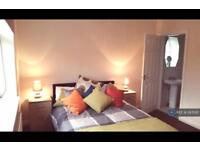 1 bedroom in The Ave, Newcastle U Lyme, ST4