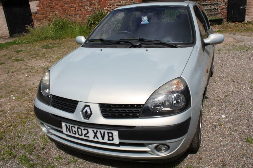 renault clio 1 2 dynamique in carlisle cumbria gumtree. Black Bedroom Furniture Sets. Home Design Ideas