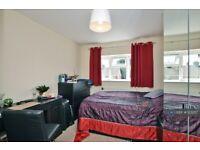 1 bedroom in Applegarth Avenue, Guildford, GU2 (#1232117)