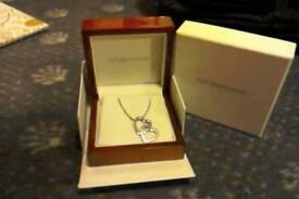 Hot Diamonds necklace