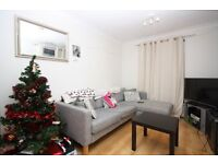 VERY CHEAP 2 BED APARTMENT WITH ALLOCATED PARKING, GREAT DLR LINKS, E16-TG
