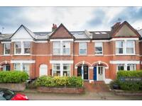2 bedroom flat in Earlsfield, London, SW18 (2 bed)