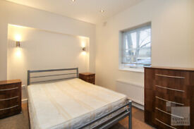 2 bed flat to rent in Chapel Market with outdoor space- Video tour available