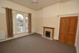 2 bedroom flat in Hainton Avenue, Grimsby, NE Lincolnshire, DN32