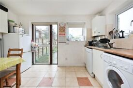 * ^ * Location is Key! - 4 Beds - TOOTING * ^ *