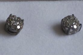 0.50Cts Natural Diamond Earings