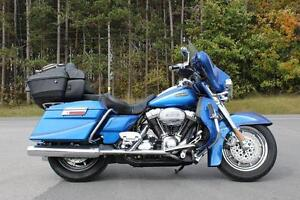 2007 HARLEY-DAVIDSON CVO ULTRA CLASSIC FROM CLASSY CHASSIS!