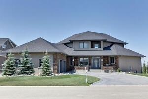 30 Crimson Place, Lumsden - Beautiful home with great views!