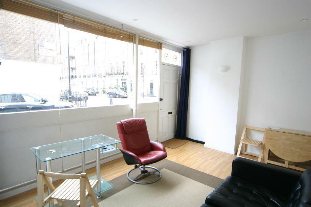 1 bedroom flat in Ivor Place