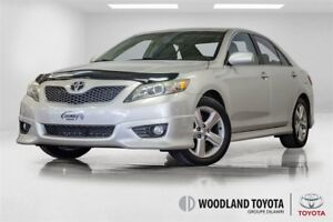 2010 Toyota Camry CUIR / TOIT / MAGS / TRES PROPRE !