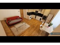 2 bedroom flat in Bartholomew Road, London, NW5 (2 bed) (#1165973)