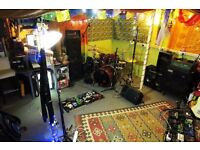 BAND WANTED to share huge vibrant secure studio space & music rehearsal room in Haringey/Manor House