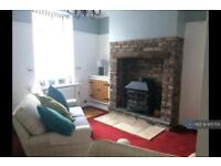 2 bedroom house in Bury Street, Mossley, OL5 (2 bed)
