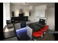 3 bedroom house in Harold Mount, Leeds, LS6 (3 bed)