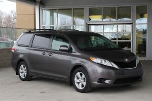 2014 Toyota Sienna LE 8 Passenger V6 with Rear Air/Heat