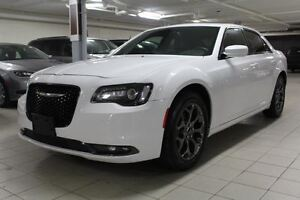 2016 Chrysler 300 S AWD *CUIR/TOIT/NAV/CAMERA RECUL*
