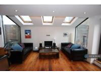 2 bedroom flat in Tunstall Road, London, SW9 (2 bed)