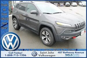 2016 Jeep Cherokee Trailhawk $240.41 bi weekly