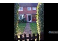 3 bedroom house in Buckingham Road, Borehamwood, WD6 (3 bed)