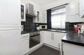 Recently Renovated 3 double bed flat located near transport and amenities - recently price dropped!