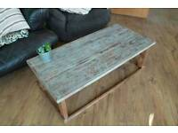 Coffee Table - Reclaimed pallet rustic coffee table