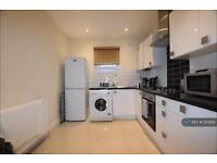 2 bedroom flat in Hampton Hill, Middlesex, TW12 (2 bed)