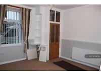 3 bedroom house in Siddal Street, Oldham , OL1 (3 bed)