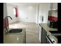 Studio flat in Harpur Street, Bedford, MK40