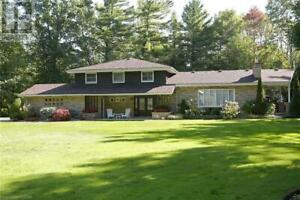9947 PARKVIEW CRESCENT Grand Bend, Ontario