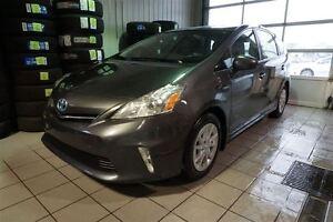 2012 Toyota Prius v Base (CVT) HYBRIDE ,BLUETOOTH,A/C,MAGS