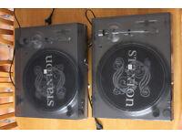 Stanton STR8-30 - (2x) DJ Turntable Set