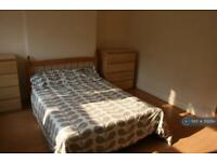 5 bedroom house in Gloucester Avenue, Nottingham, NG7 (5 bed)