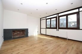 3 Bed apartment available UNFURNISHED now in Salford House, Isle Of Dogs E14, Mudchute island garden