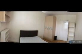 1 bedroom in Mile End Road, London, E3 (#1127606)