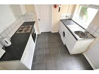 4 bedroom house in Cardiff Road , Treforest,